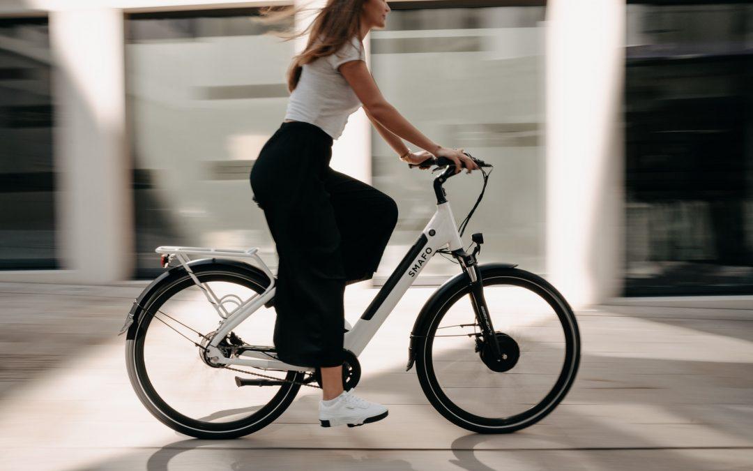 Elektrische fiets kopen of leasen voor senioren